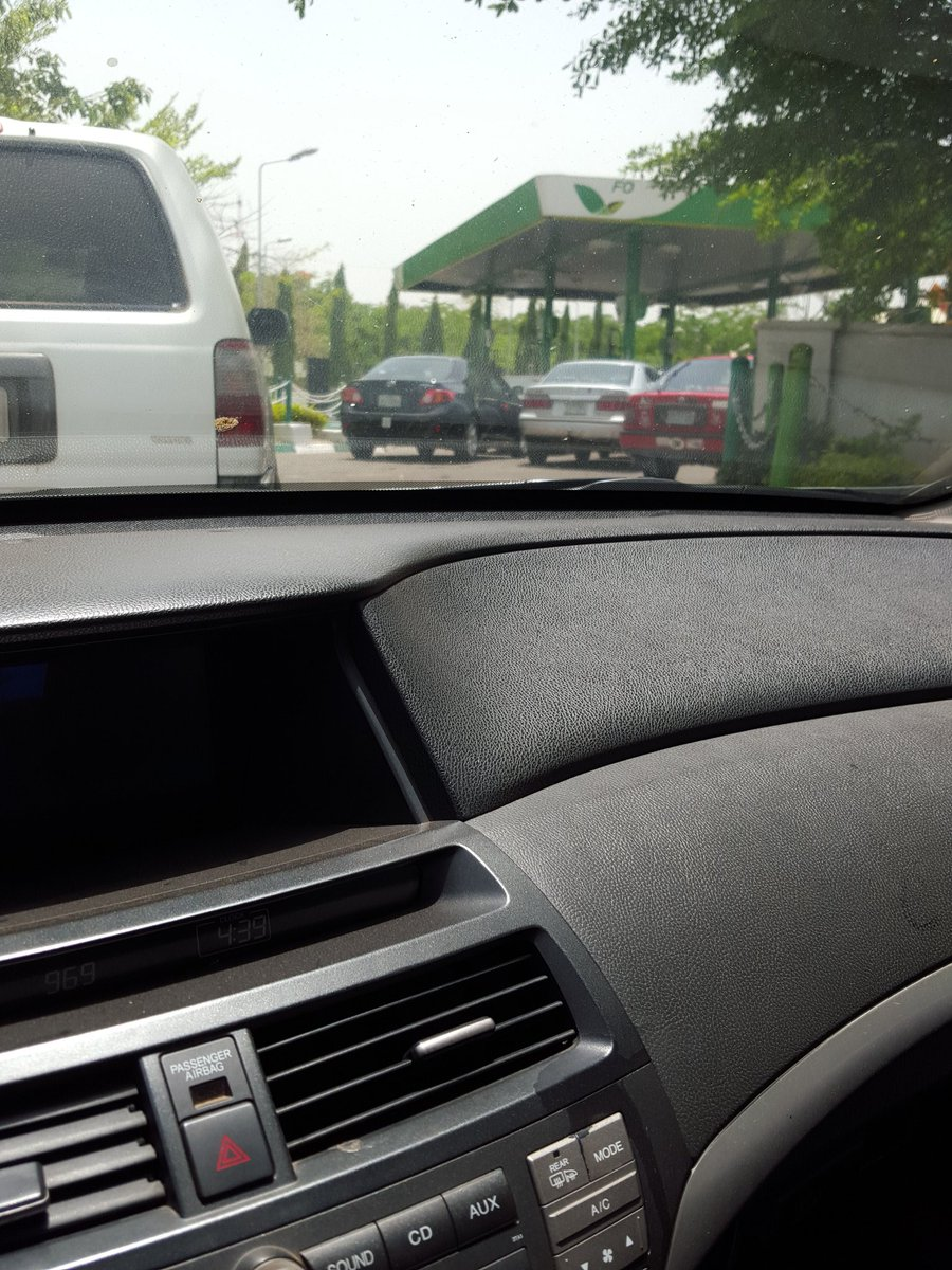 Anyone need fuel in Abj??? Head out to @ForteOilNg in Wuse 2. Literally no que. RT https://t.co/9VbdWyCK4E
