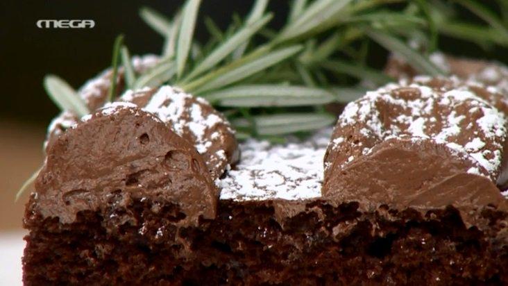 #kantooposoakis Σήμερα στις 16:40 ο @A_petretzikis φτιάχνει νοστιμότατο νηστίσιμο σοκολατένιο κέικ https://t.co/TPphYN3TFf