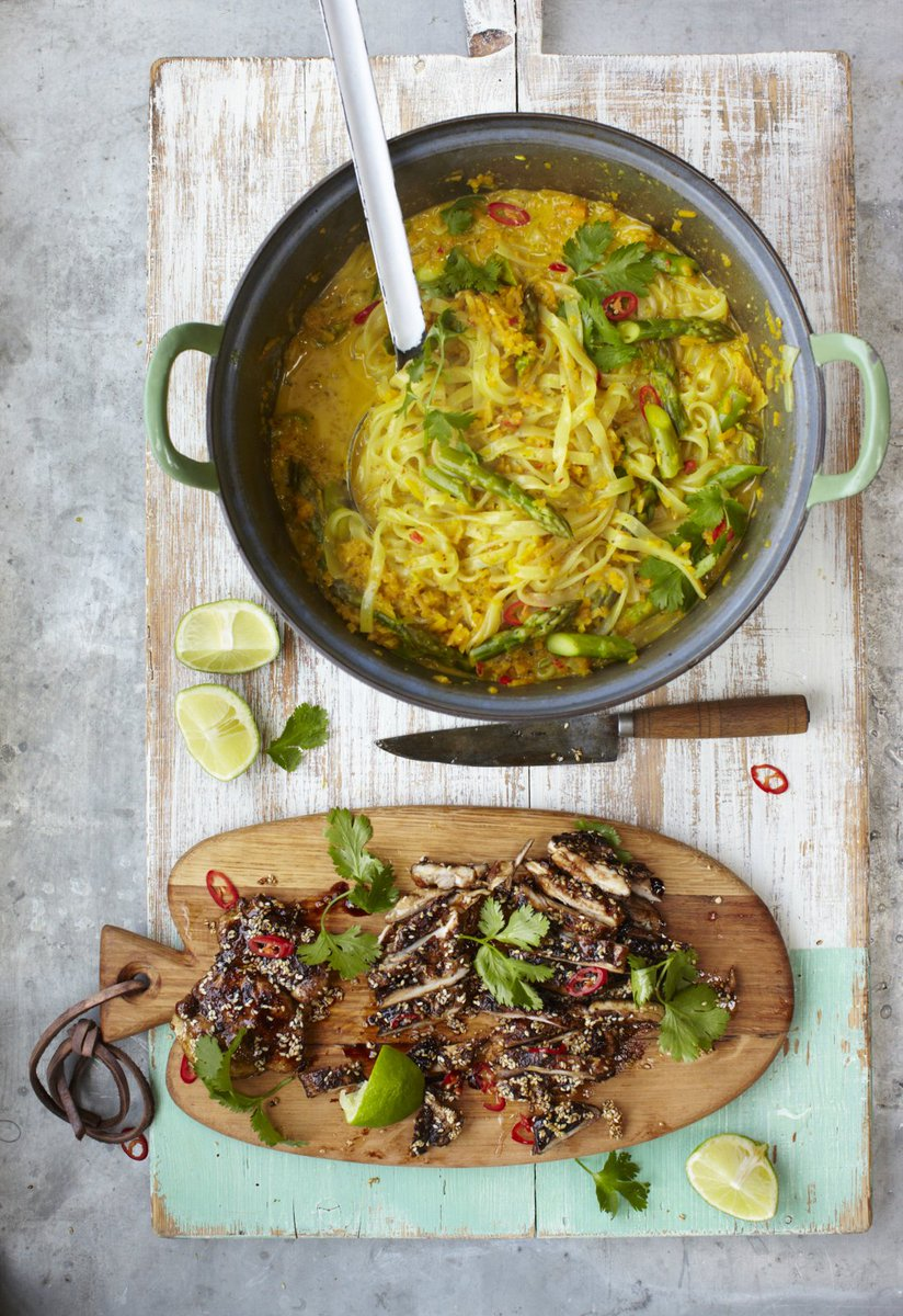 #RecipeOfTheDay is Thai chicken laksa - mildly spiced noodle broth with butternut squash: https://t.co/Si1OSRUJuu https://t.co/aCxVB8pKIb