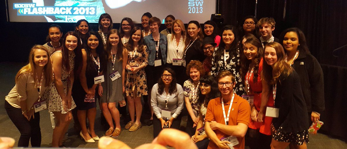 Area HS seniors get a chance to speak with @wendydavis while waiting to see @FLOTUS at @sxsw! #ReachHigherATX https://t.co/51knGU0rOy