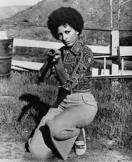 If you missed it, here's yesterday's love letter to @PamGrier & FOXY BROWN: https://t.co/TA69aTQfo6 https://t.co/D0sCIyKq7a
