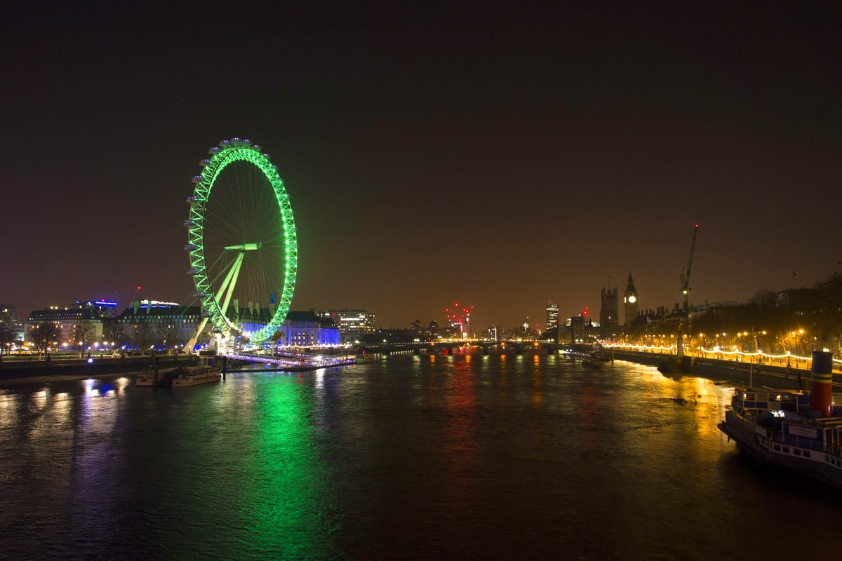 The world is going green for #StPatricksDay! Recognise any of these iconic GB attractions? #GoGreen4PatricksDay https://t.co/0JqevHRQQ0