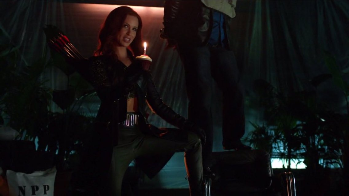 Make a wish...#Cupid returns one week from today!! @CW_Arrow https://t.co/zoutEb17ZZ
