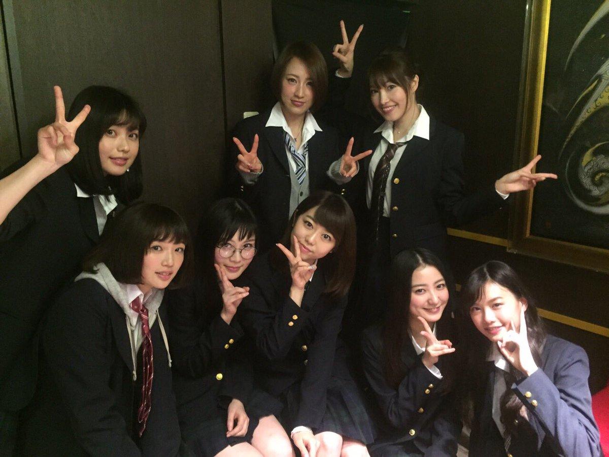 映画『女子高』完成披露イベント終了♪   劇中の制服、着ました。いい具合に不良っぽいです。  不良 矢沢亜希役です。みなさんよろしくお願いします   #女子高  #4月9日公開 https://t.co/PZxaRb398Q