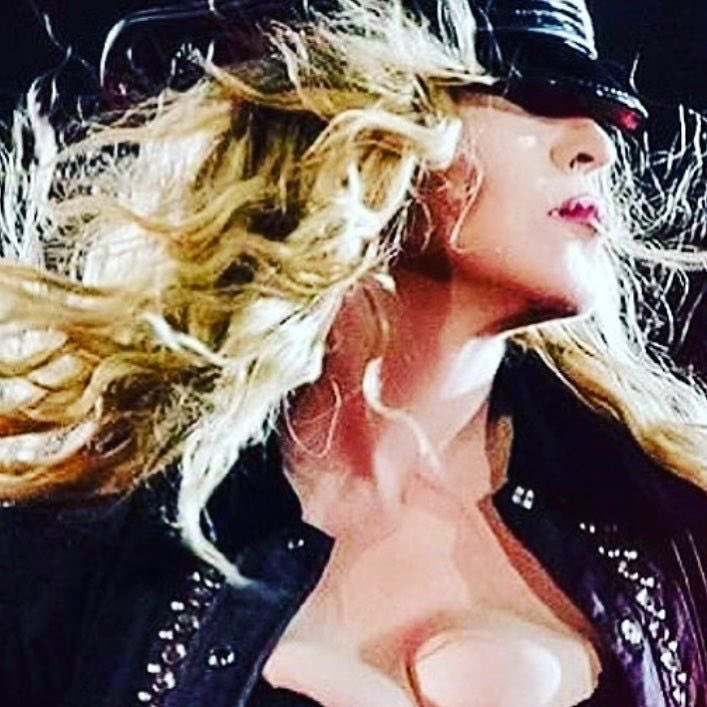 See you tonight Brisbane!!! Wanted to be perfect for you!!! And we had so much FUN! ❤️ #rebelhearttour https://t.co/Arz24EeBpg