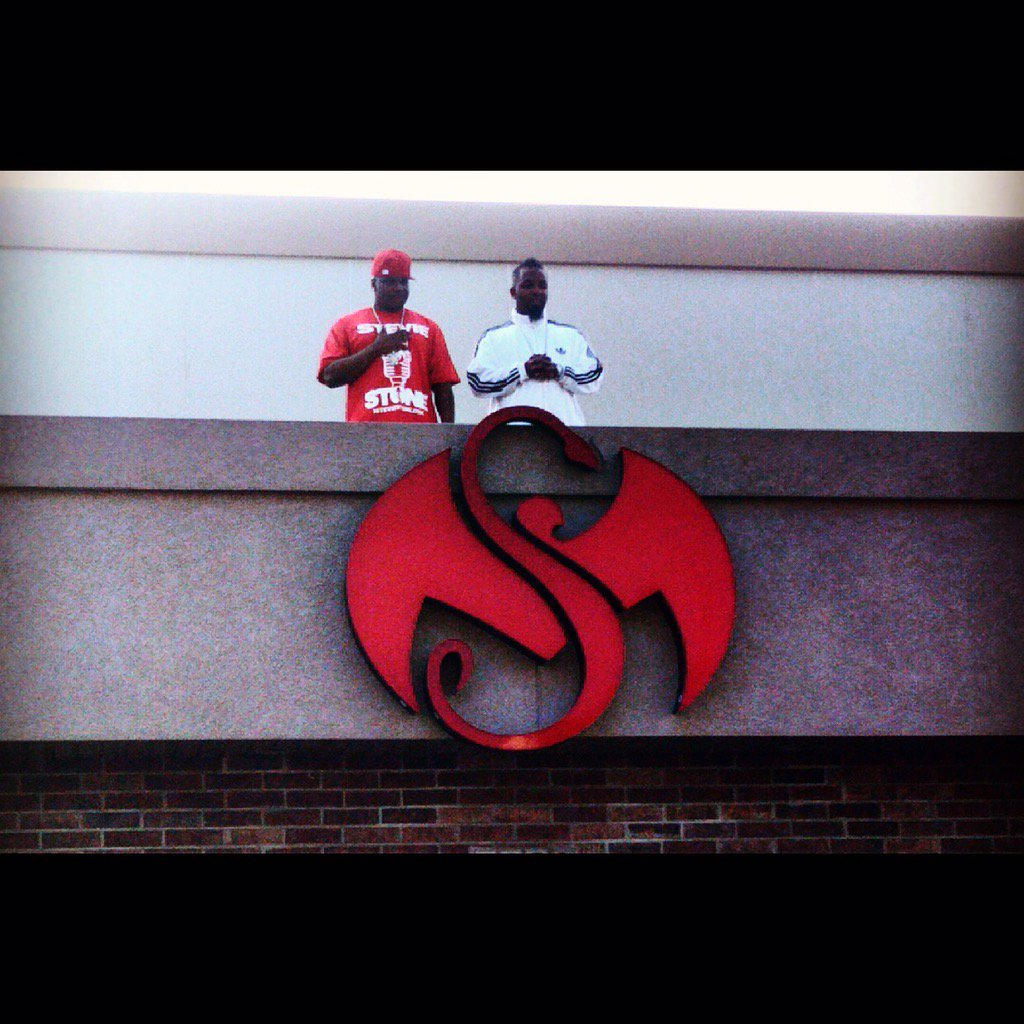 Today is a CELEBRATION!!!!   5 YEARS AGO TODAY I SIGNED @TechN9ne @StrangeMusicInc @StrangeMusicCEO  #itgoesup https://t.co/hprjPHjOHL