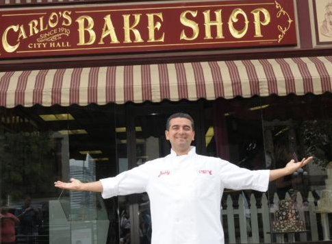 Yum! We're going behind the counter with @CakeBossBuddy tomorrow as he gets ready to open his new bakery in Dallas! https://t.co/9xv7iUrIja