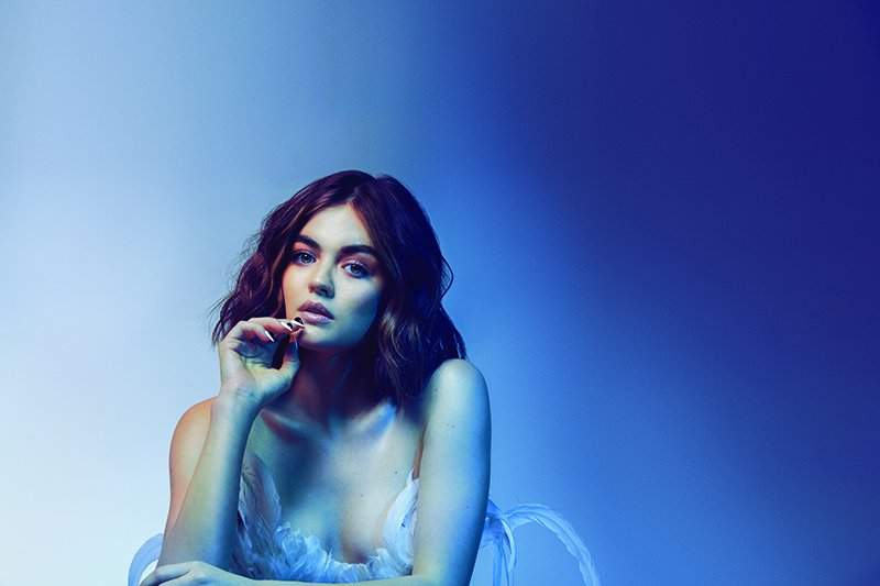 After a final #PrettyLittleLiars chapter, @LucyHale let's us in on her next move #SCHON30 https://t.co/OvJPfNpe6A https://t.co/nMt35AG7UY