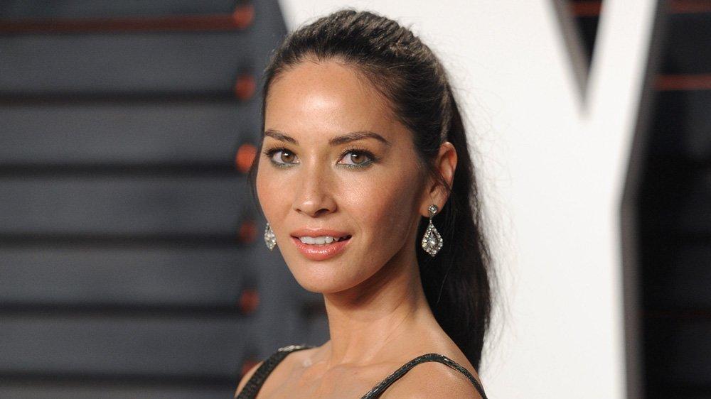Olivia Munn may join Jennifer Aniston, Jason Bateman's 'Office Christmas Party' (EXCLUSIVE)