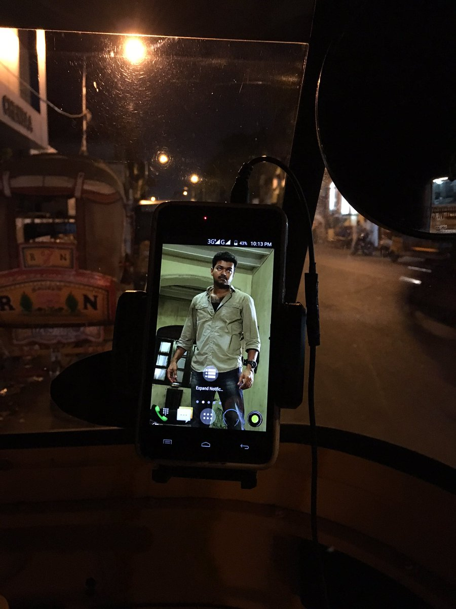 Vj fans luk at this :)) ola auto anna's mobile screen saver https://t.co/VywW4zQ3GM