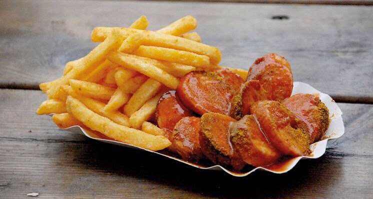 Currywurst. You know it makes sense. #sausagesunday #ourwurstiszebest  https://t.co/nZh0NcgxEw
