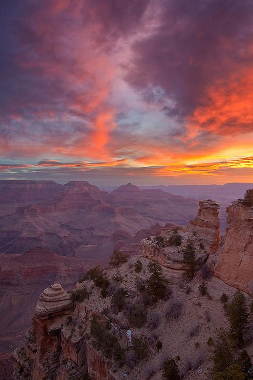Grand Canyon #sunrise | Photography by ©Chris Lazzery https://t.co/g29hZqRDX0