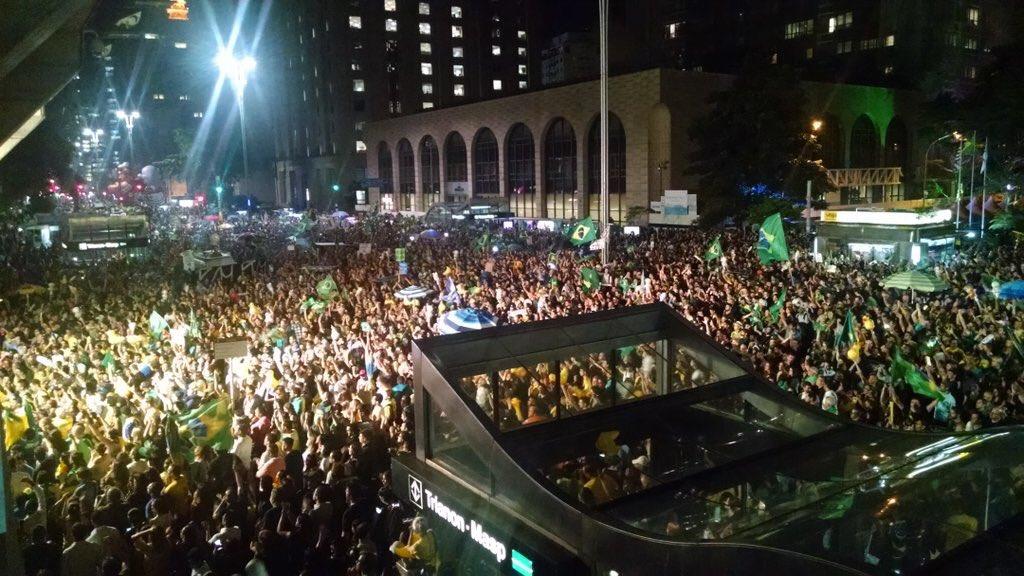Brasil unido CONTRA a corrupção!!! https://t.co/NC0CoASEyT