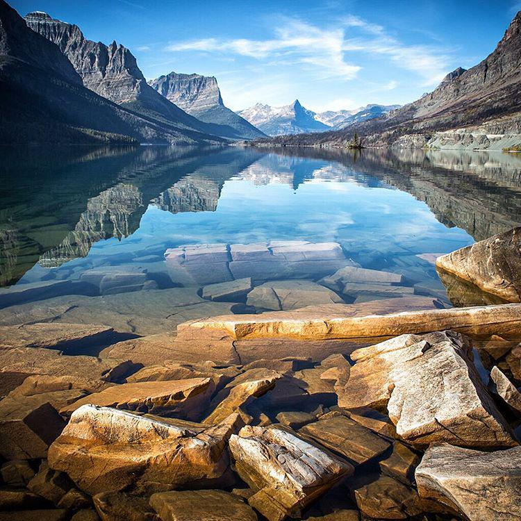 Crystal clear waters in Glacier National Park | #Photography by ©Scott Kranz https://t.co/dOtYhINHXX