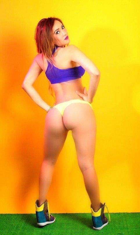 #ThongThursday #JuevesDeTangas @NallelyEsparz @SexyAssNation @ThongCuties @ElFenomenalDF @Tangas_Mix_ https://t.co/SqPrTBjdwV