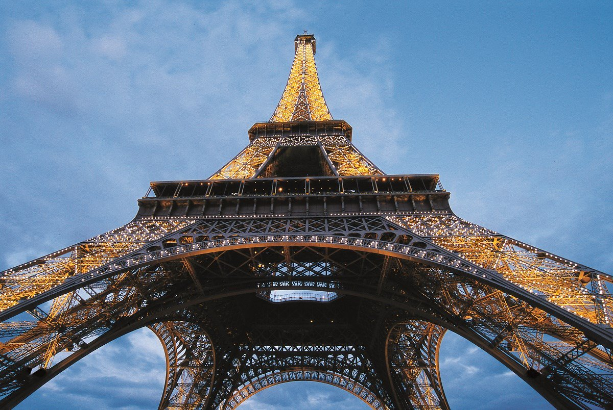 Happy Birthday Eiffel Tower! On this day 127 years ago, this iconic monument opened to the public. https://t.co/6n0fI4vsve