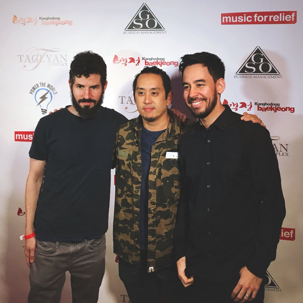 Music for Relief co-founders Brad, Joe, and Mike arriving at #pokerforrelief tonight. https://t.co/zRpmrj7Ts1