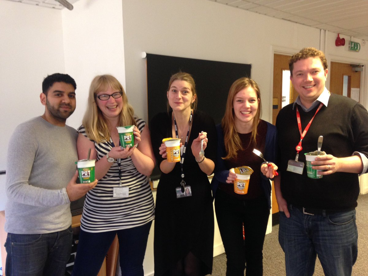 It's Pot Noodle Friday @BBCOxford - blame @RSheikh26 (cc @The_Kate_Gibson @HumpoHumpington @littleclippings ) https://t.co/SPzXoqripu