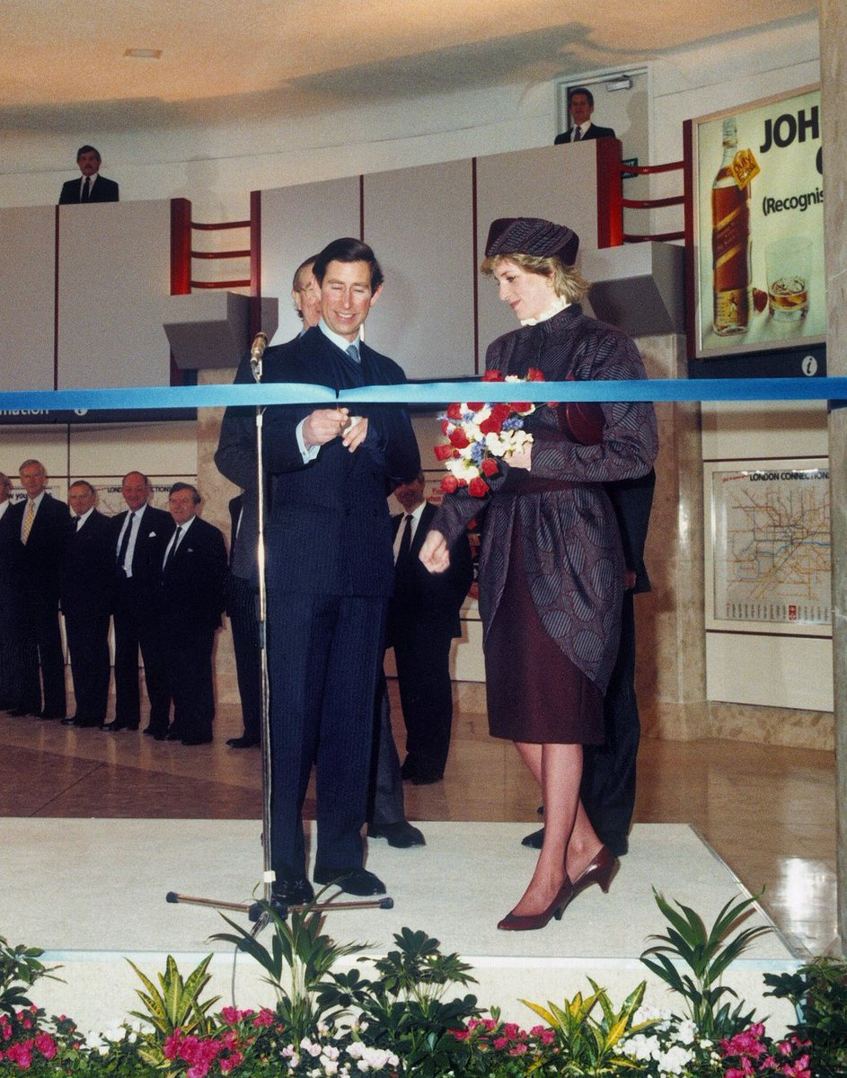 RT @yourHeathrow: Happy Birthday Terminal 4! Opened 30 years ago today by HRH Prince Charles & Princess Diana. http…