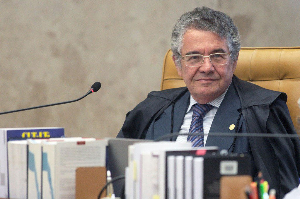 """""""Moro simplesmente deixou de lado a lei"""", diz ministro do STF sobre vazamentos de gravações https://t.co/O7hSVWdGyx https://t.co/N9Up5E0GqN"""