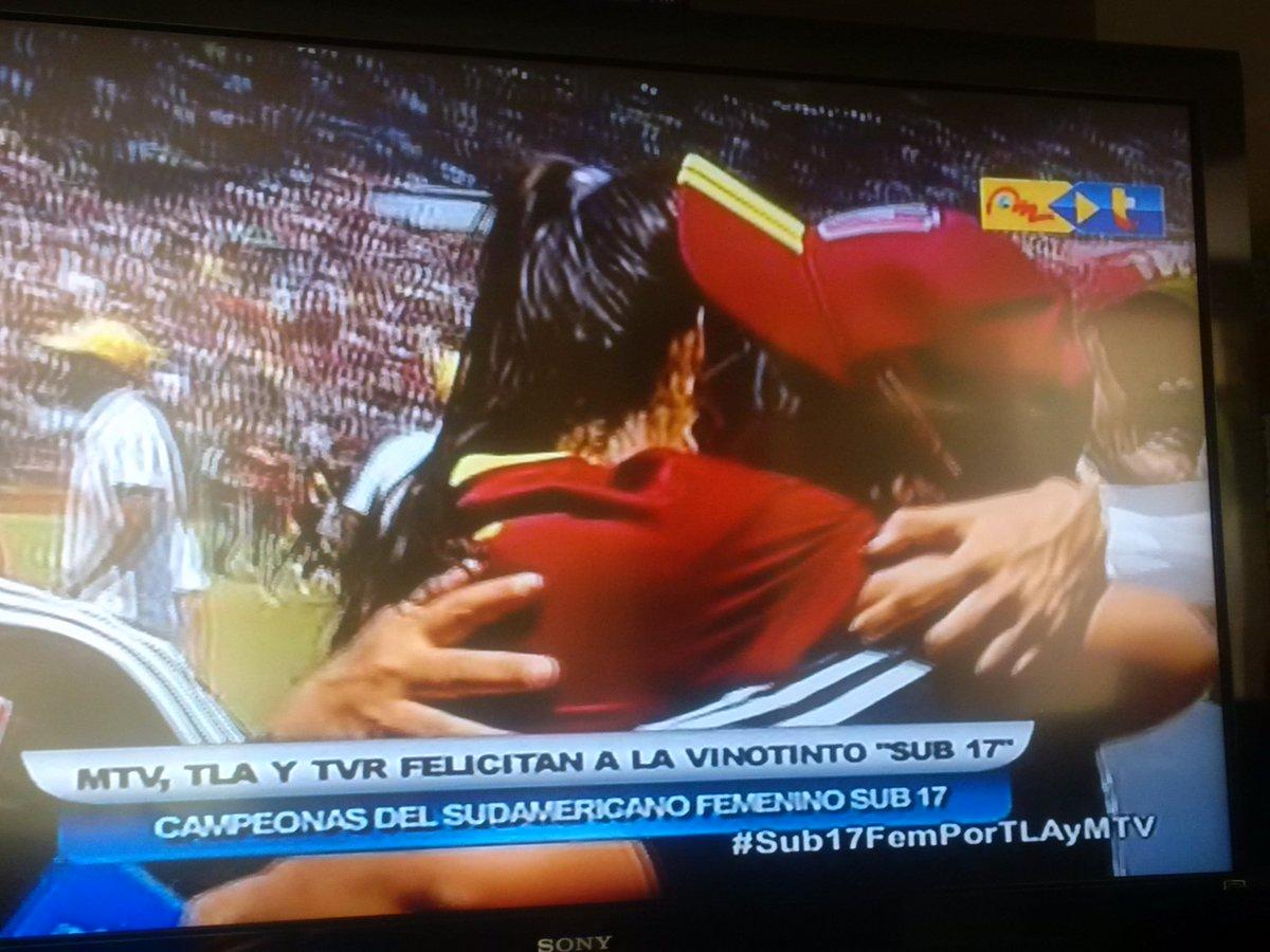 Venezuela es Campeón #Sub17FemPorTLAyMTV A dos Mundiales FIFA Femenino en 2016 #Sub20 y #Sub17. Que alegría! Gracias https://t.co/OxEXPogUS9