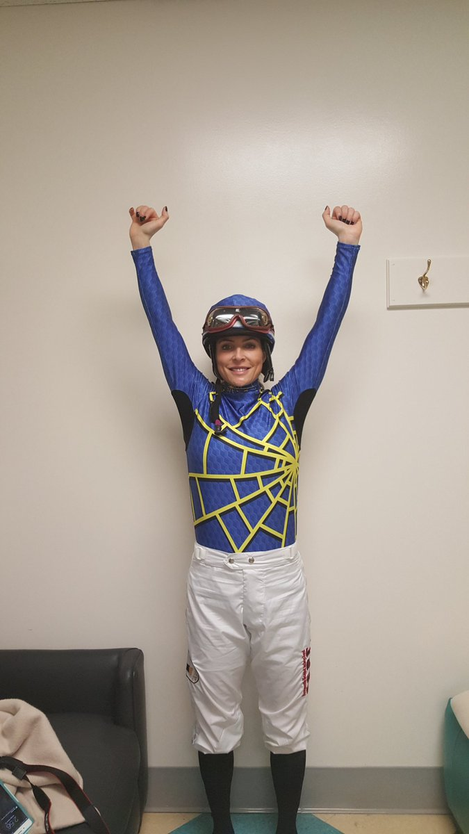 Love these silks @BodiMiller finally a set of racing silks you can move in and even have air vents for your arm pits https://t.co/f4cWnGReXl