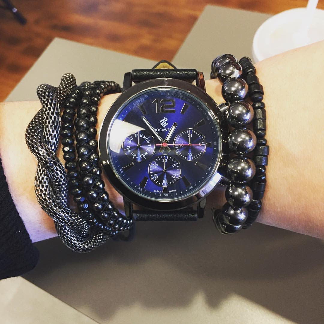 A new week is upon us, be sure to conquer it...  #Rocawear #RocawearWatches https://t.co/YAXC3wUOJ4
