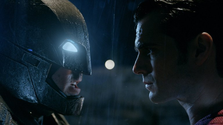 'Batman v. Superman: Dawn of Justice' Premiere: Read Hollywood Reporter's Live