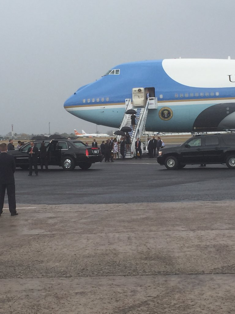The Obamas set foot on Cuban soil, marking the beginning of the First Family's historic visit #CubaVisit