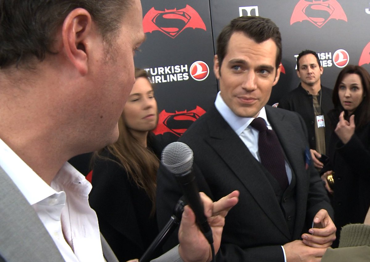 Superman understanding me! Even when I didn't know what I was dribbling on about #BatmanvSuperman #HenryCavill https://t.co/YLImj4A4kK