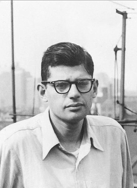 'Poetry is the one place where people can speak their original human mind' #AllenGinsberg. Happy #WorldPoetryDay! https://t.co/RdoDiMUbbt