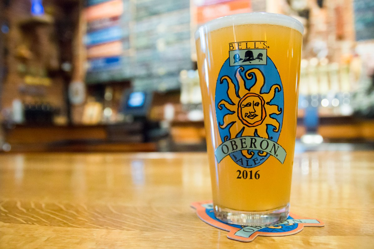 Happy #Oberon Day - cheers! Our first of the year. Share yours. https://t.co/zKhq4uUr2H