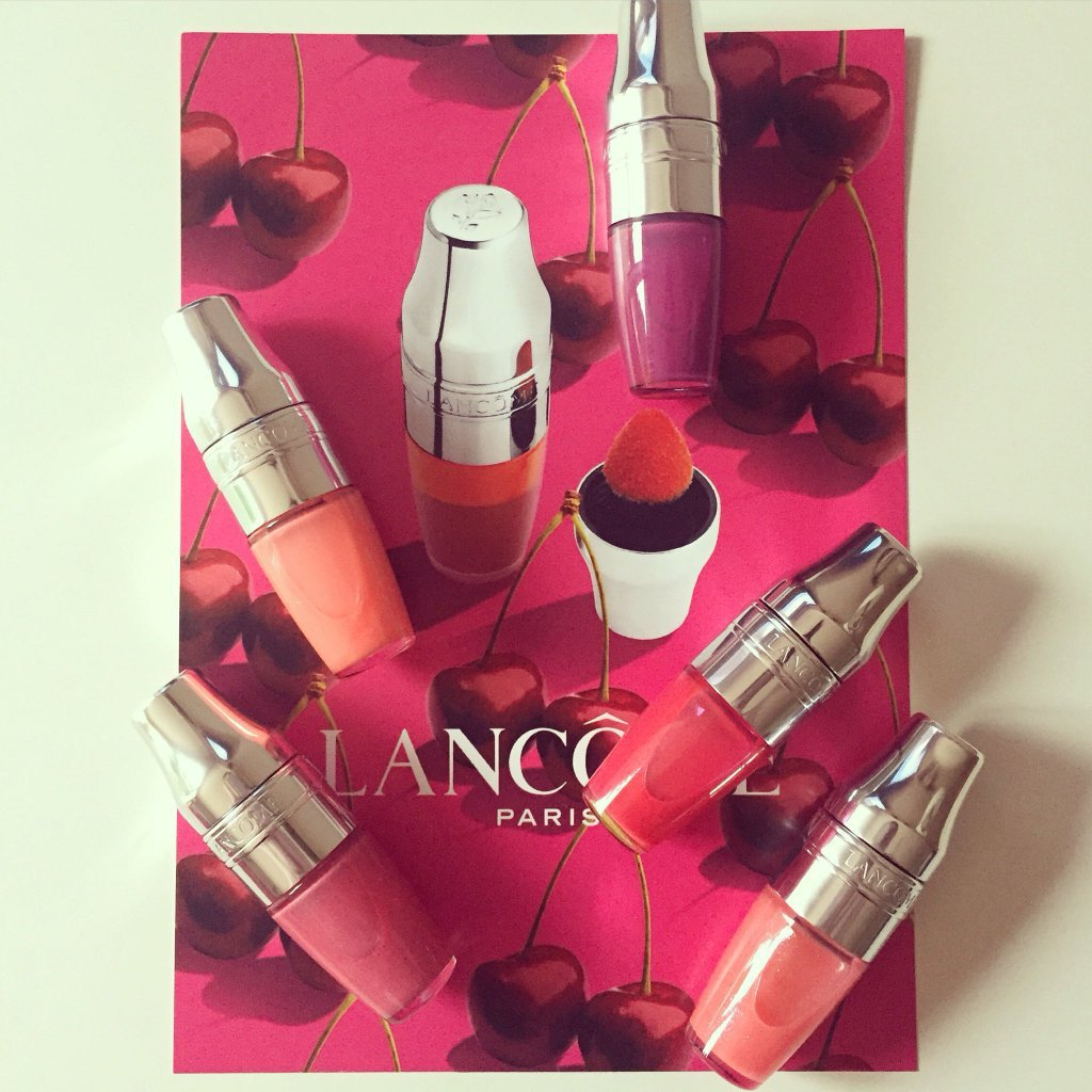 #win 1 of these Lancome #juicyshaker 's. Follow & RT! Ends 27.3.16 #freebiefriday #giveaway #winitwednesday #comp https://t.co/z9je5cLqPE