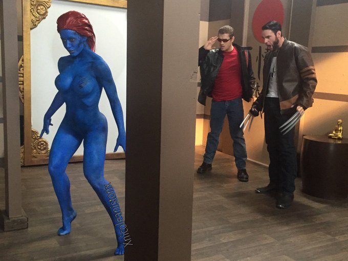 Behind the scenes for @Brazzers ?? #Mystique #XMen https://t.co/M8hgoVBvWK