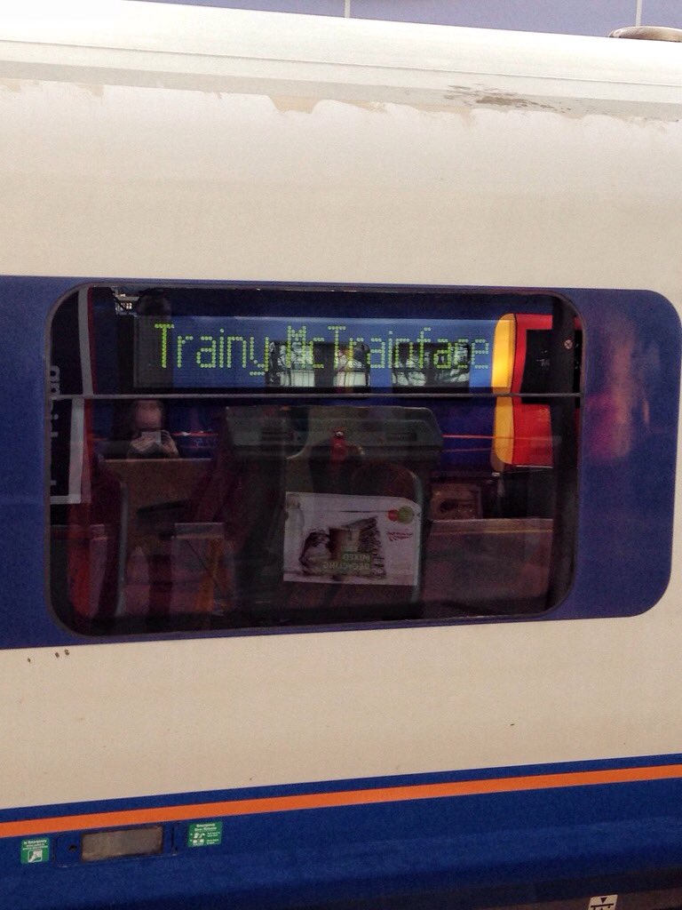 Bravo the member of South West staff at Waterloo. Trainy McTrainface. https://t.co/REY9lCP6jx