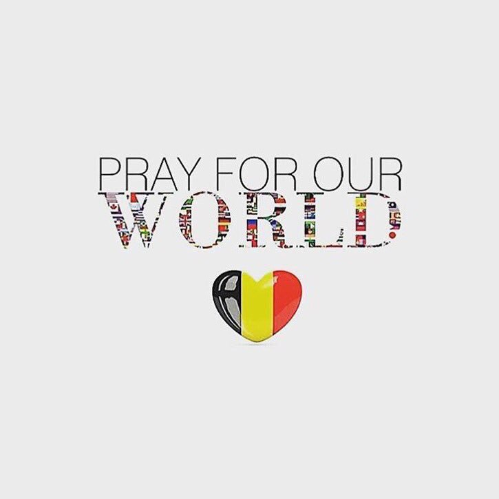 #Brussels I am so sorry. Sending love and prayers. There are no words. https://t.co/RUqvf1p1Qt