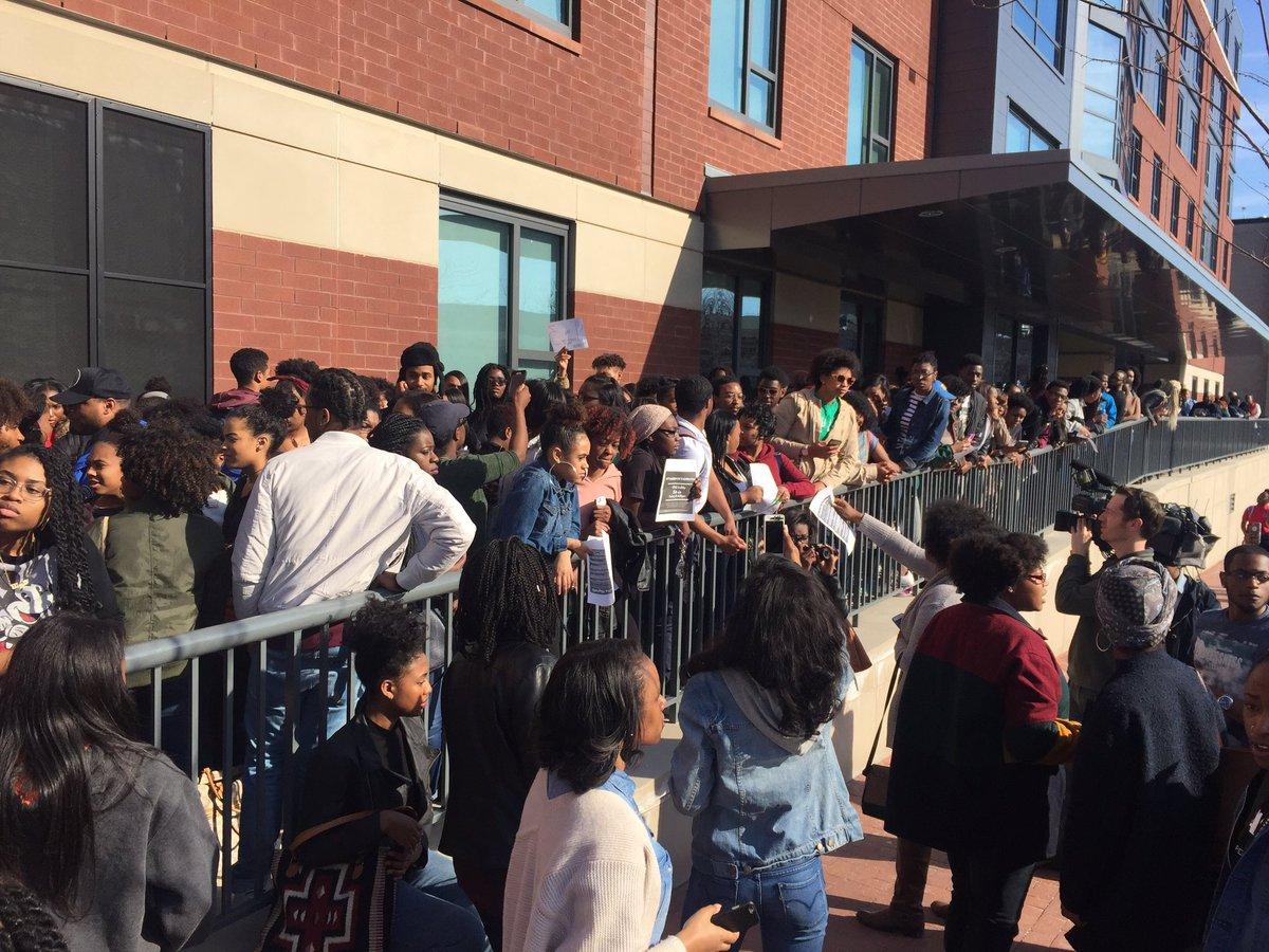 BREAKING: @HowardU & @DCPoliceDept investigating alleged rape on campus. Students demonstrating now in solidarity https://t.co/uYPLz3Ai8U