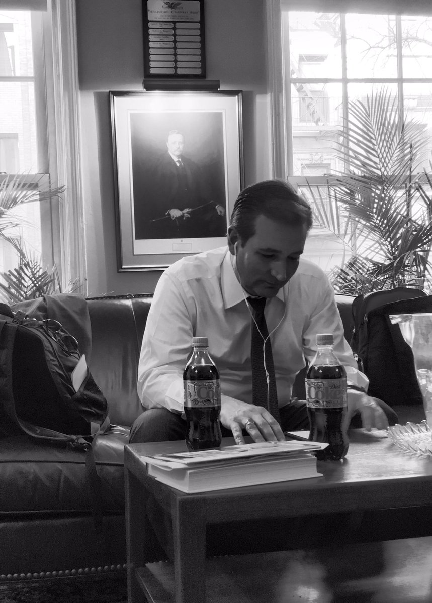 'If you won't identify it, you can't defeat it. IT IS radical Islamic terrorism' @tedcruz phone interview with #CNN https://t.co/9RGlvmELw7