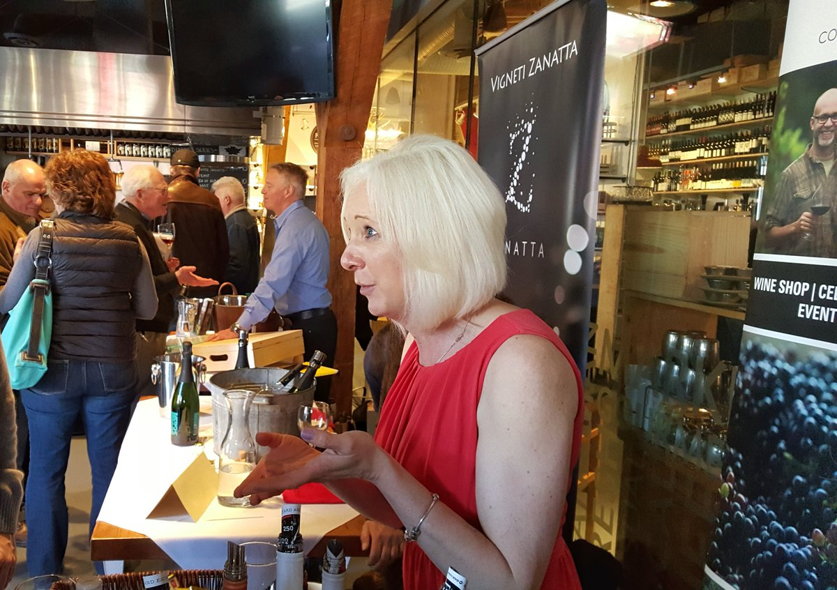 Some great wines ciders mead and spirits this afternoon @localsonlyBC @EdibleCanada @BlueGrouseWines @40KnotsWinery https://t.co/wGsXTnJymp