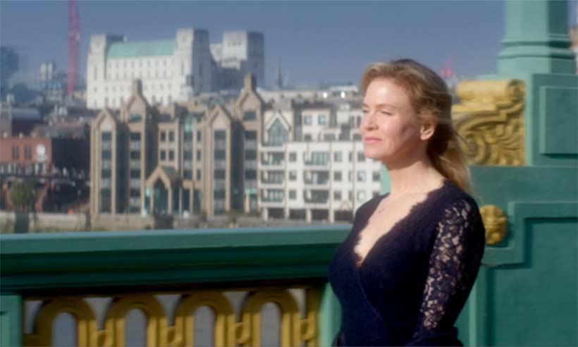 This is SO exciting! The first glimpse of Renee Zellweger in the BridgetJonesBaby trailer: