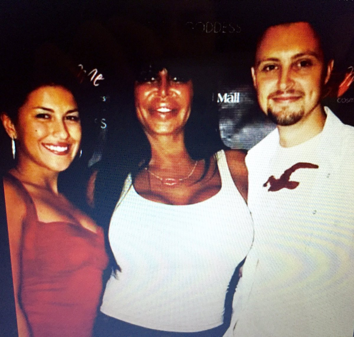 Found this classic of @biggangVH1 & @VinnieMedugno @ @DritaDavanzo event!Going to miss watching #Mobwives weds nites https://t.co/ZQTIAy3uS4