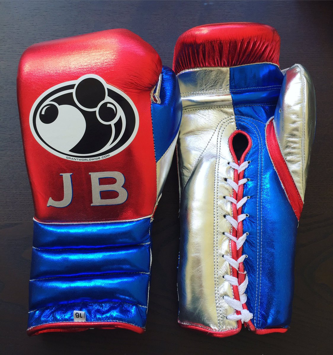 Custom grant boxing gloves