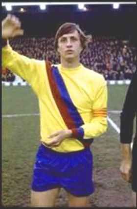 """Ah no, not this one.  """"If you give Leeds the ball, they will make you dance"""" — Johan Cruyff https://t.co/pko6UV3H5W"""