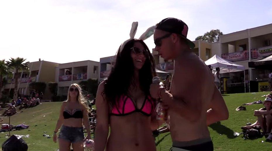 Hot College Bikini Girls