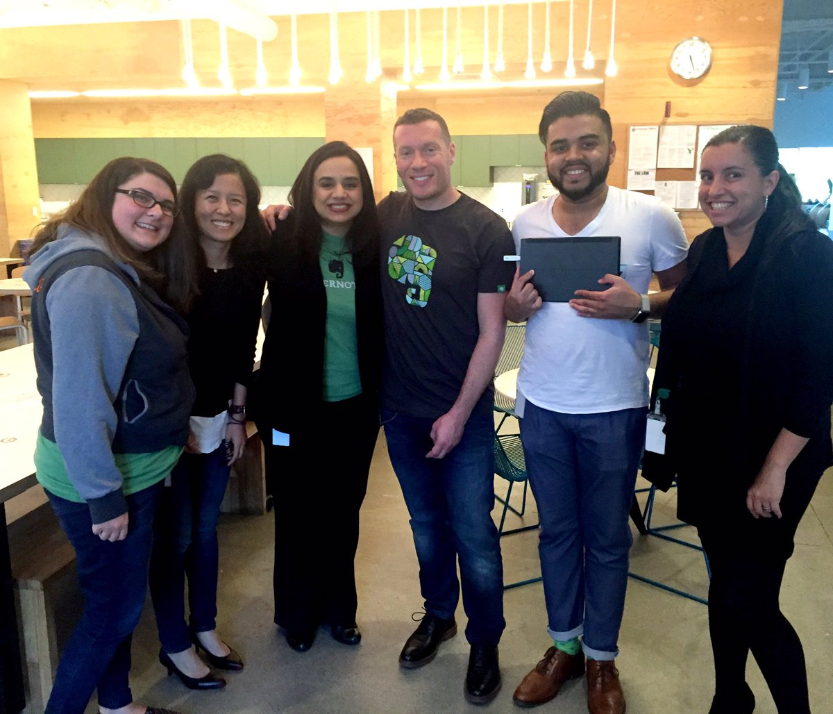 Go team EN! RT @gretelperera: With the @evernote team getting ready for Small Business event at #Evernote HQ https://t.co/9Lcc3XFP8U