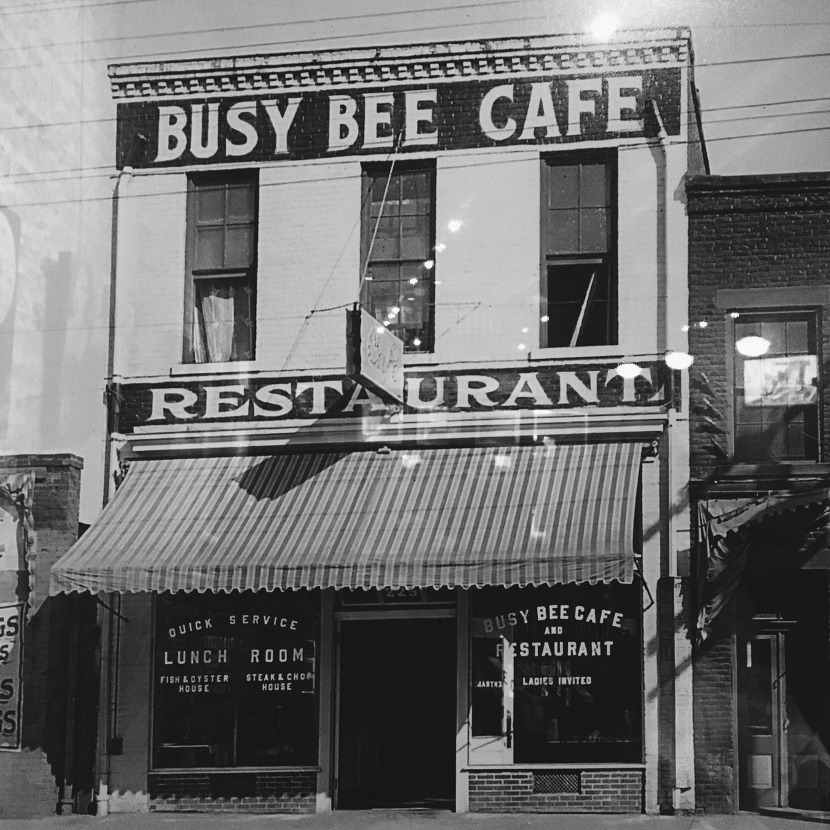 #TBT to the original Busy Bee Cafe that opened in 1913! #dtr https://t.co/5pQ964mC7n