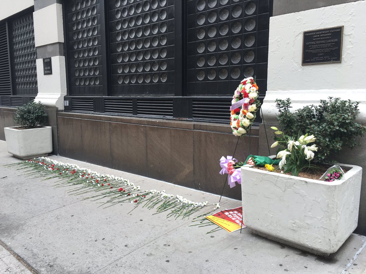 Outside the site of the Triangle Shirtwaist Factory on Washington Place: One flower for each of the 146 victims. https://t.co/RdUxWqIgK7
