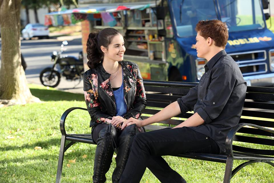 #FlashbackFriday to our fave power couple! RT if you hope they get back together! #SwitchedatBirth https://t.co/qTjKba5GrB
