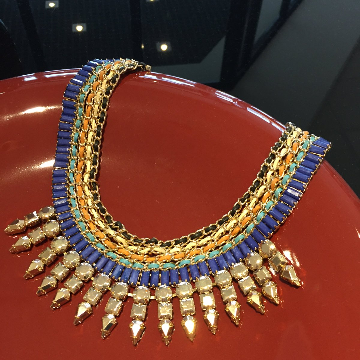 Prize No.3 for #GoodFriday #GreatFriday is this Waterford statement necklace. Just RT for a chance to #Win https://t.co/7mLw40FfJe