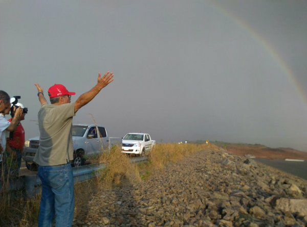 Lluvias de hoy sobre el embalse de Guri con arcoiris de ñapa! https://t.co/tuft1toFi4